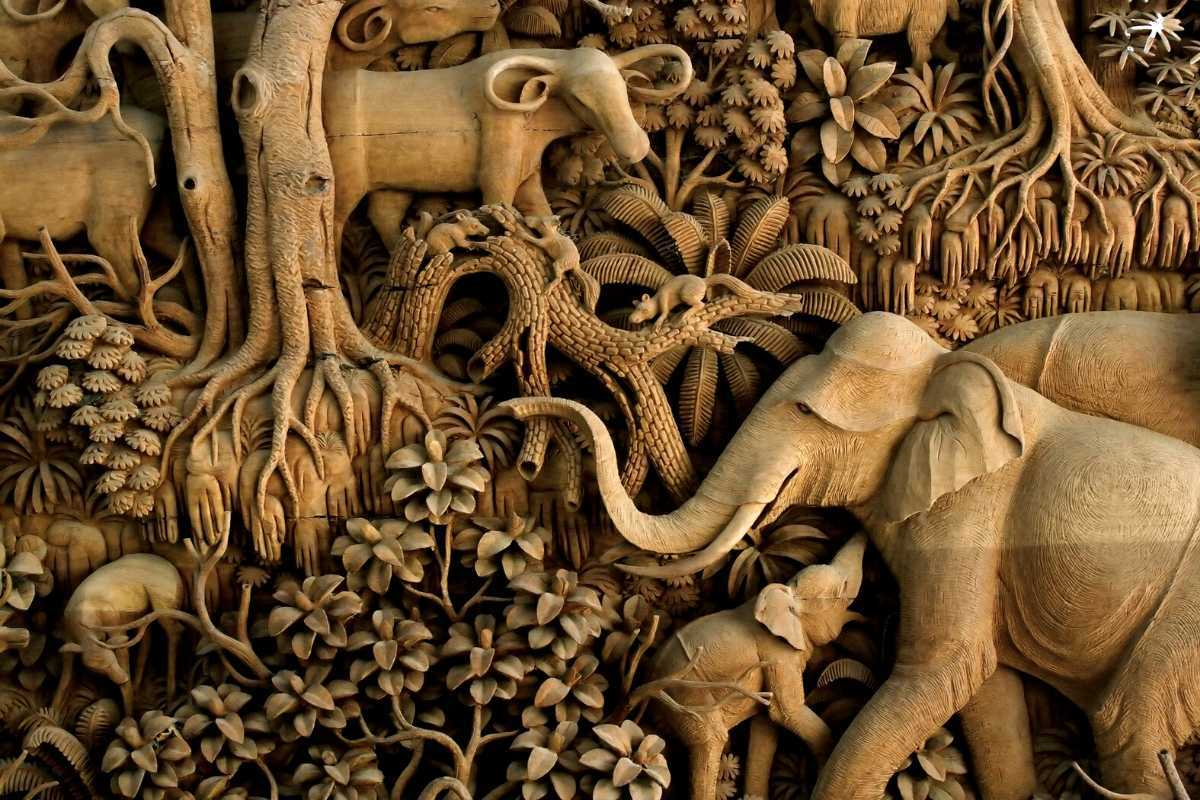 what is wood carving